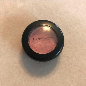 MAC Pink Venus Eye Shadow